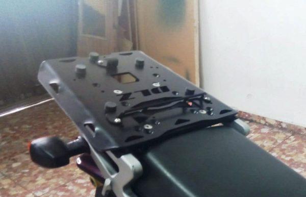 Base soporte maleta Suzuki V-Strom K-Givi